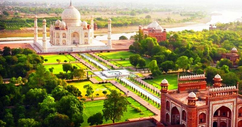 The Taj Garden