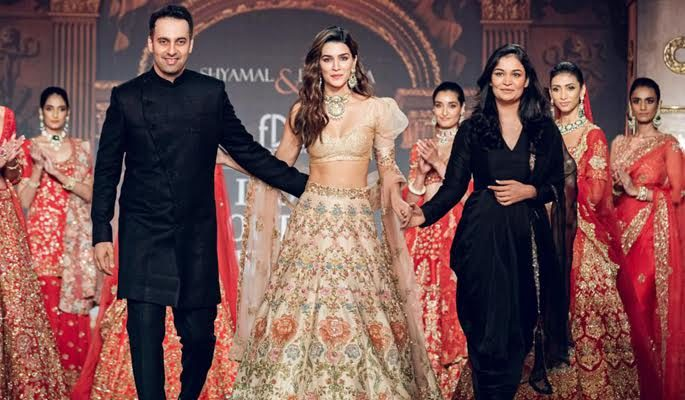 kriti sanon best bridal look